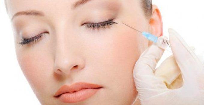 Relleno facial con ácido hialurónico inyectable