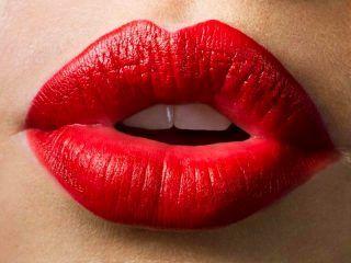 acido hialuronico labios rojos